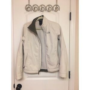 White Women's North Face Shell Jacket